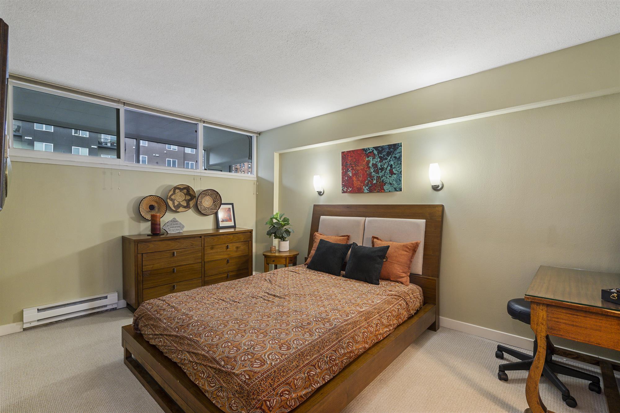 Bedroom - 235 Broadway #760