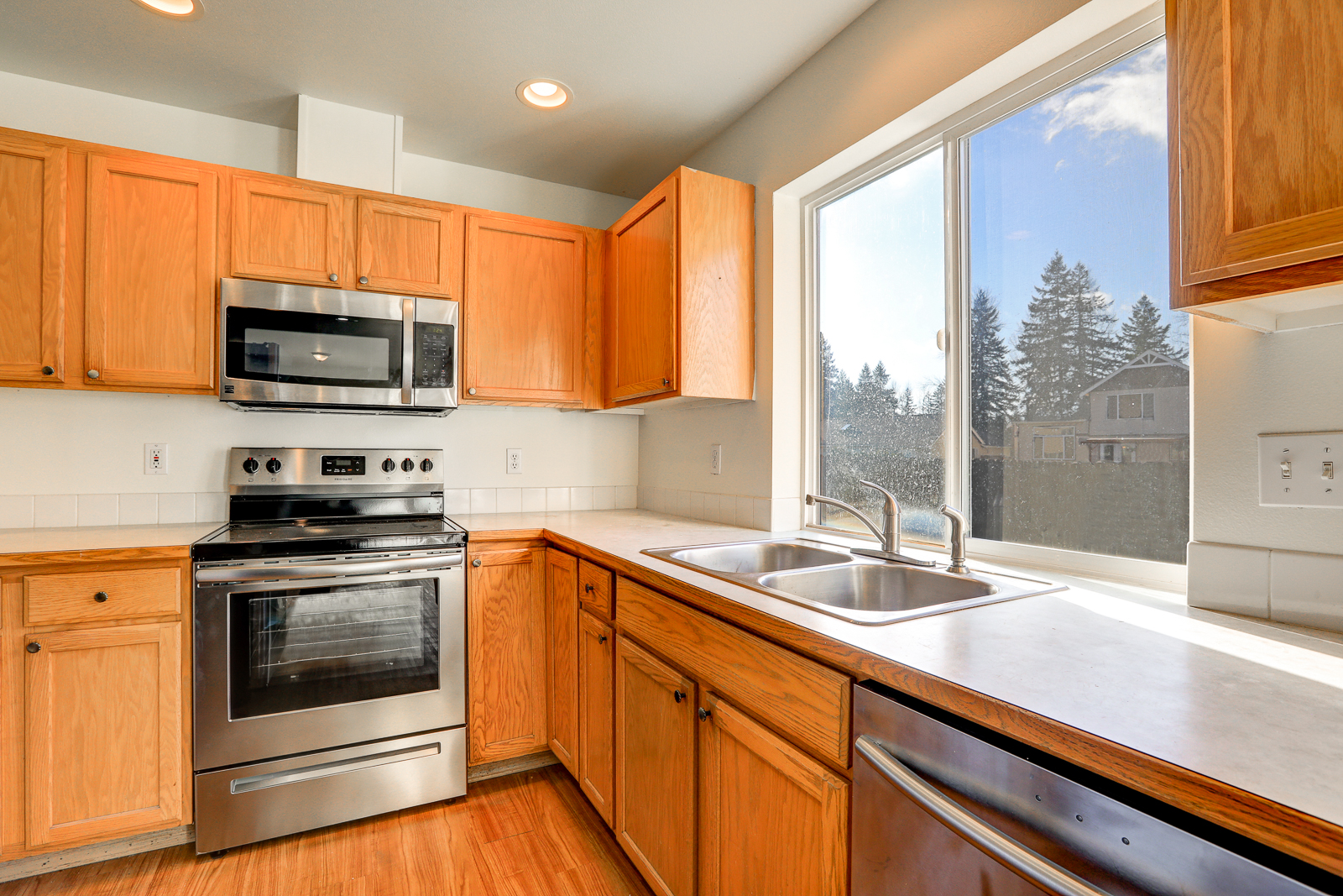 Great kitchen with view of the back yard