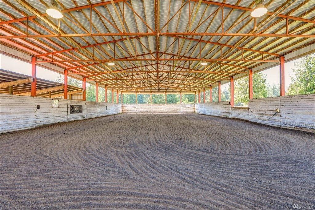 Covered arena