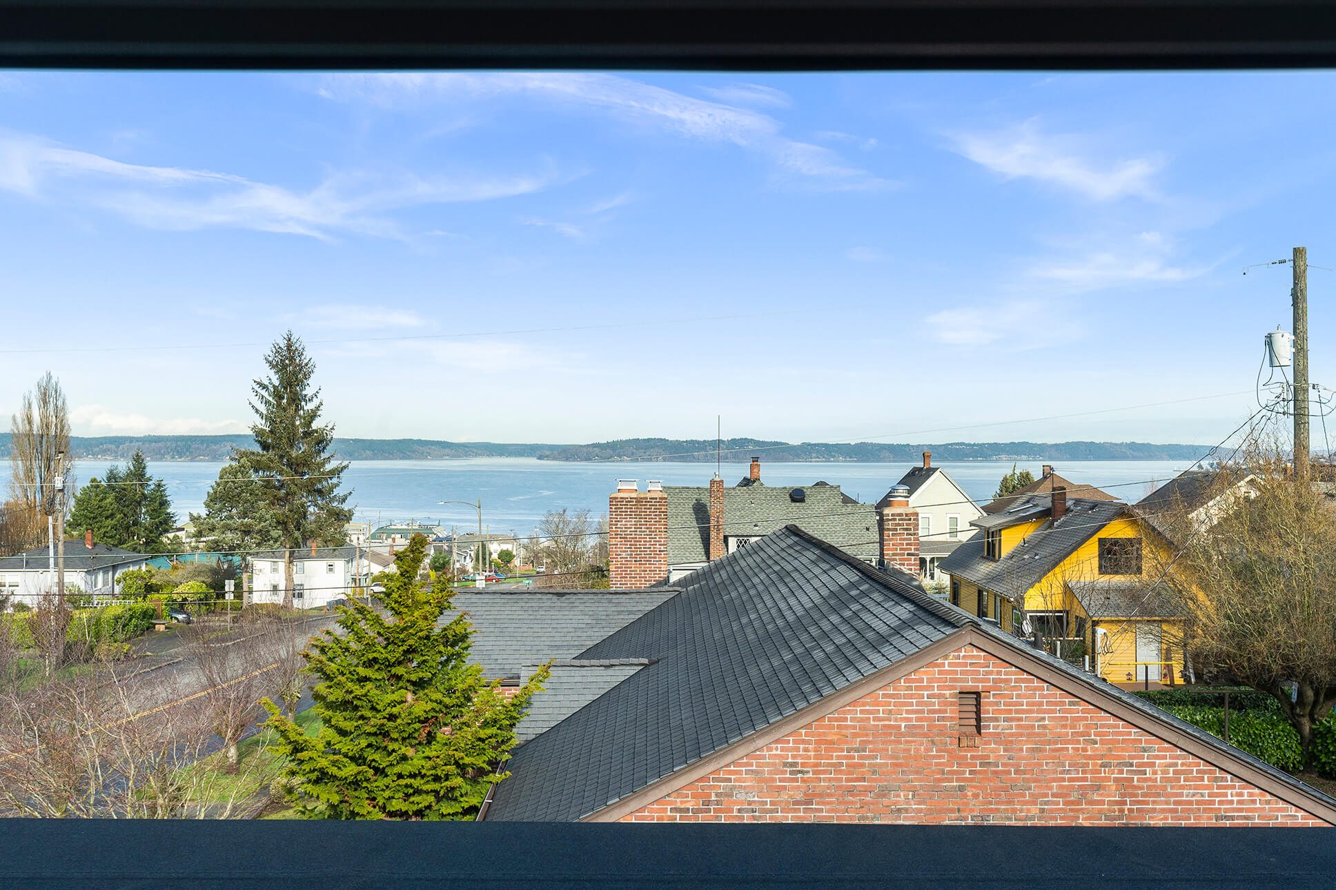 Sweeping views of Commencement Bay and Vashon Island