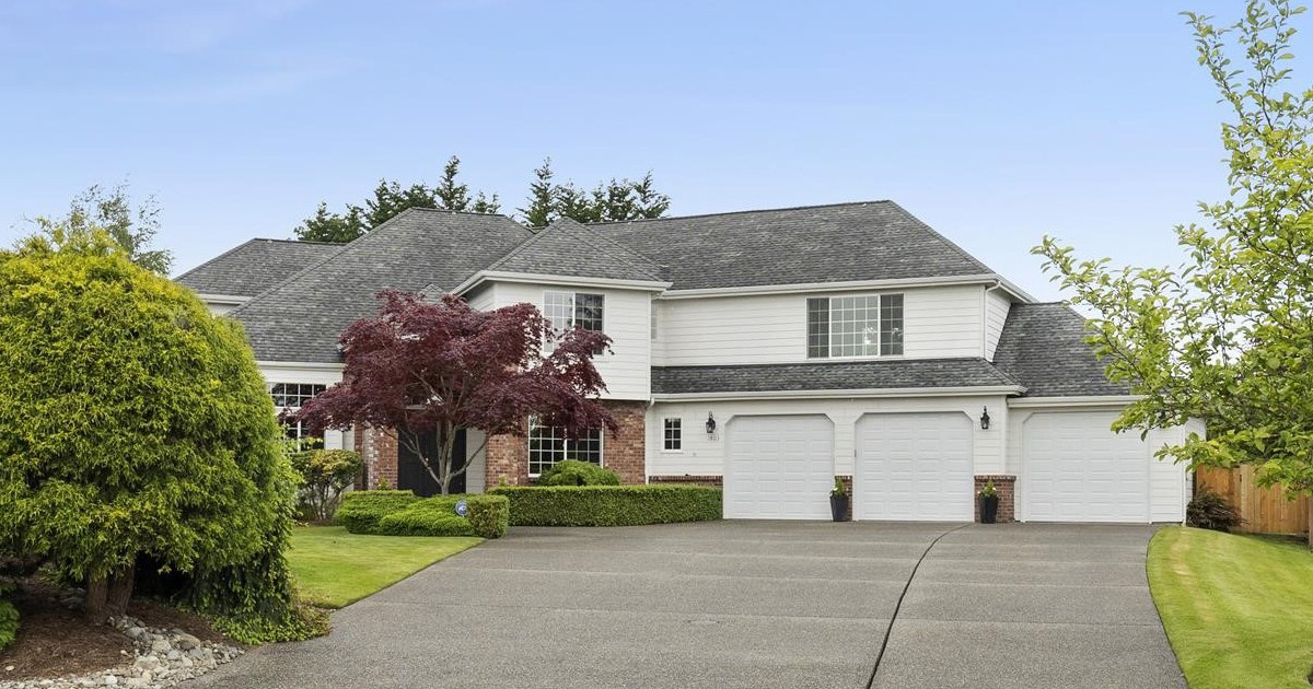 Two story Manorwood traditional