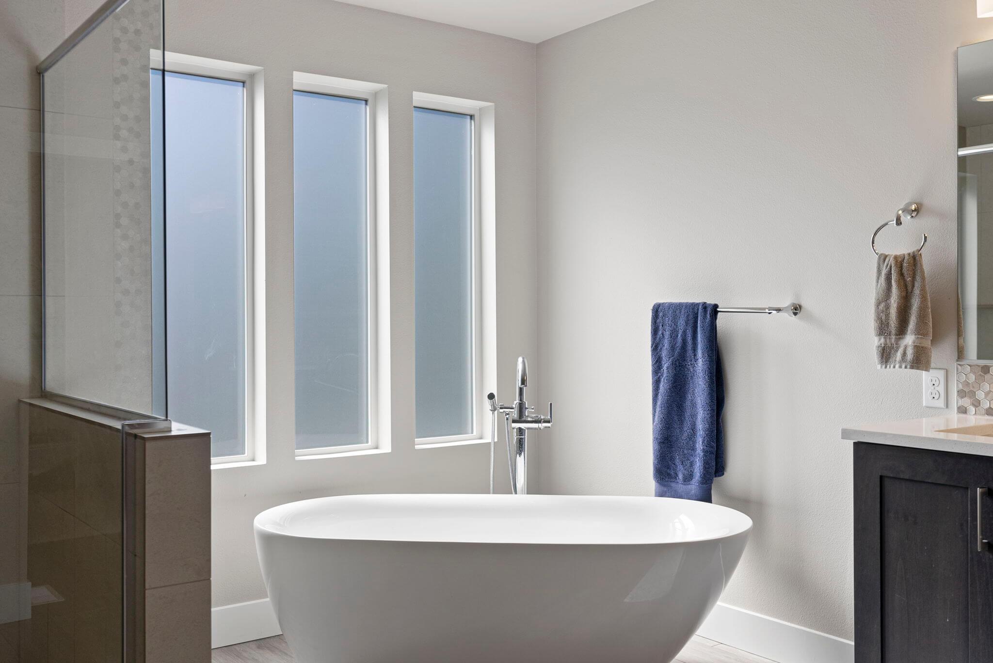 Spa-like soaking tub