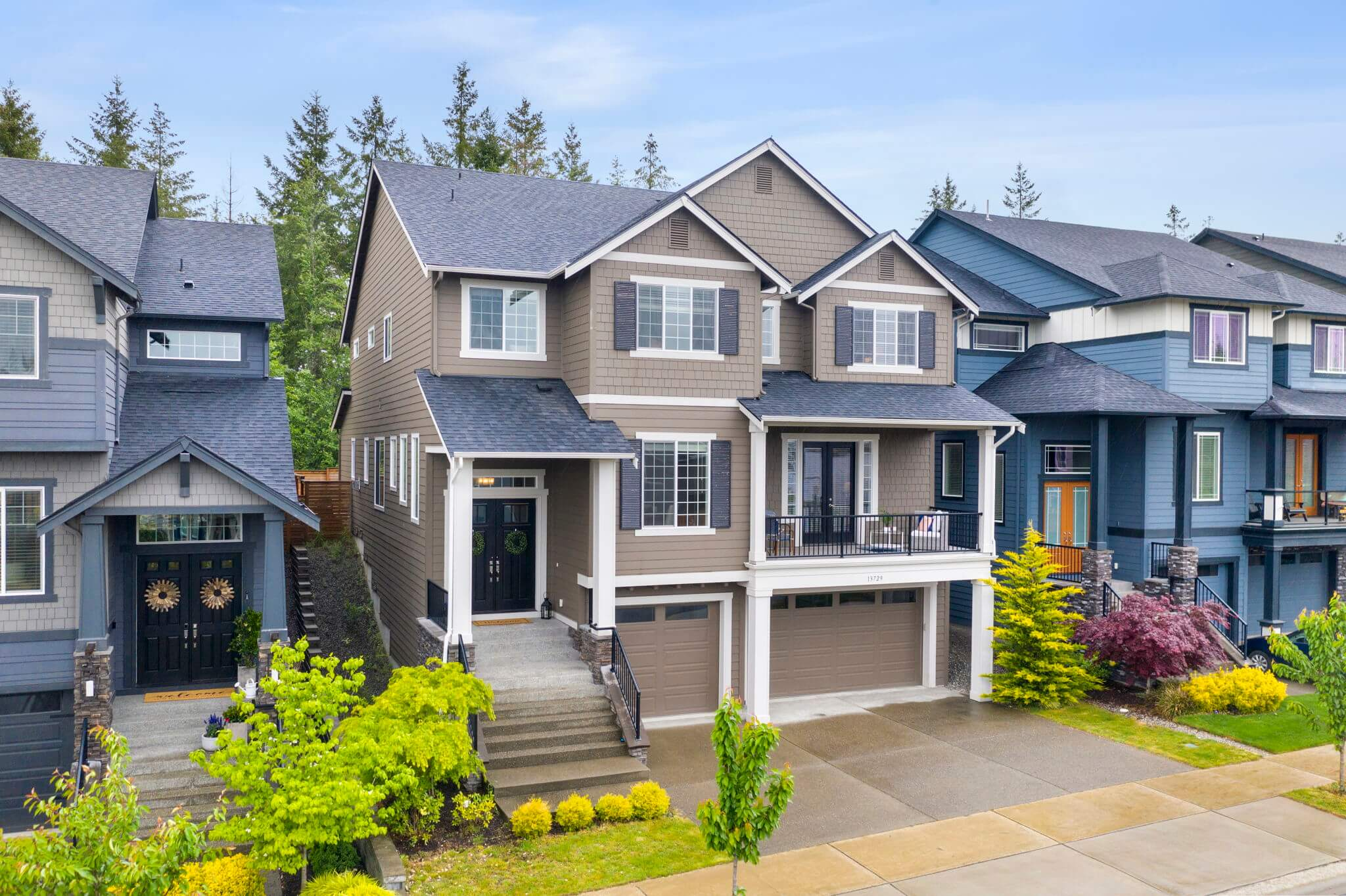 2017 Azure Northwest resale - Tamarack floorplan with $146K in upgrades