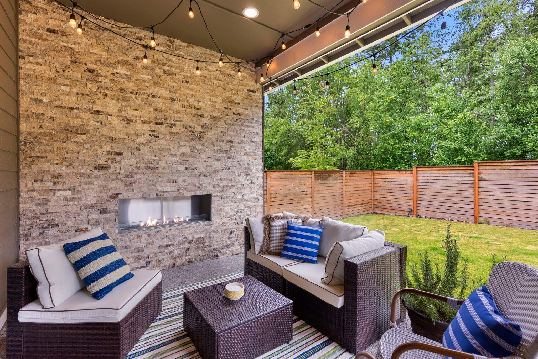 Covered patio with gas fireplace
