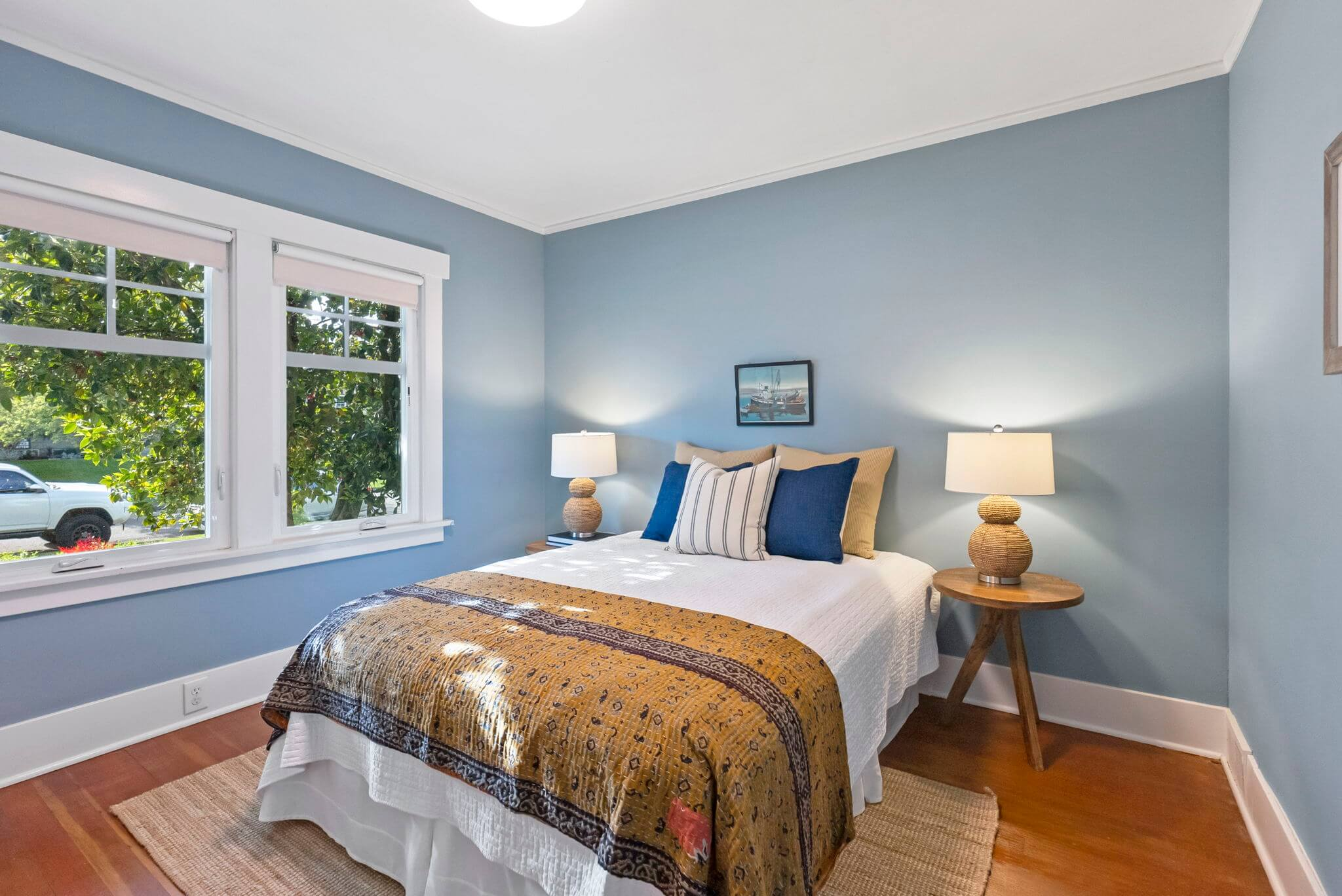 Second bedroom with fir floors