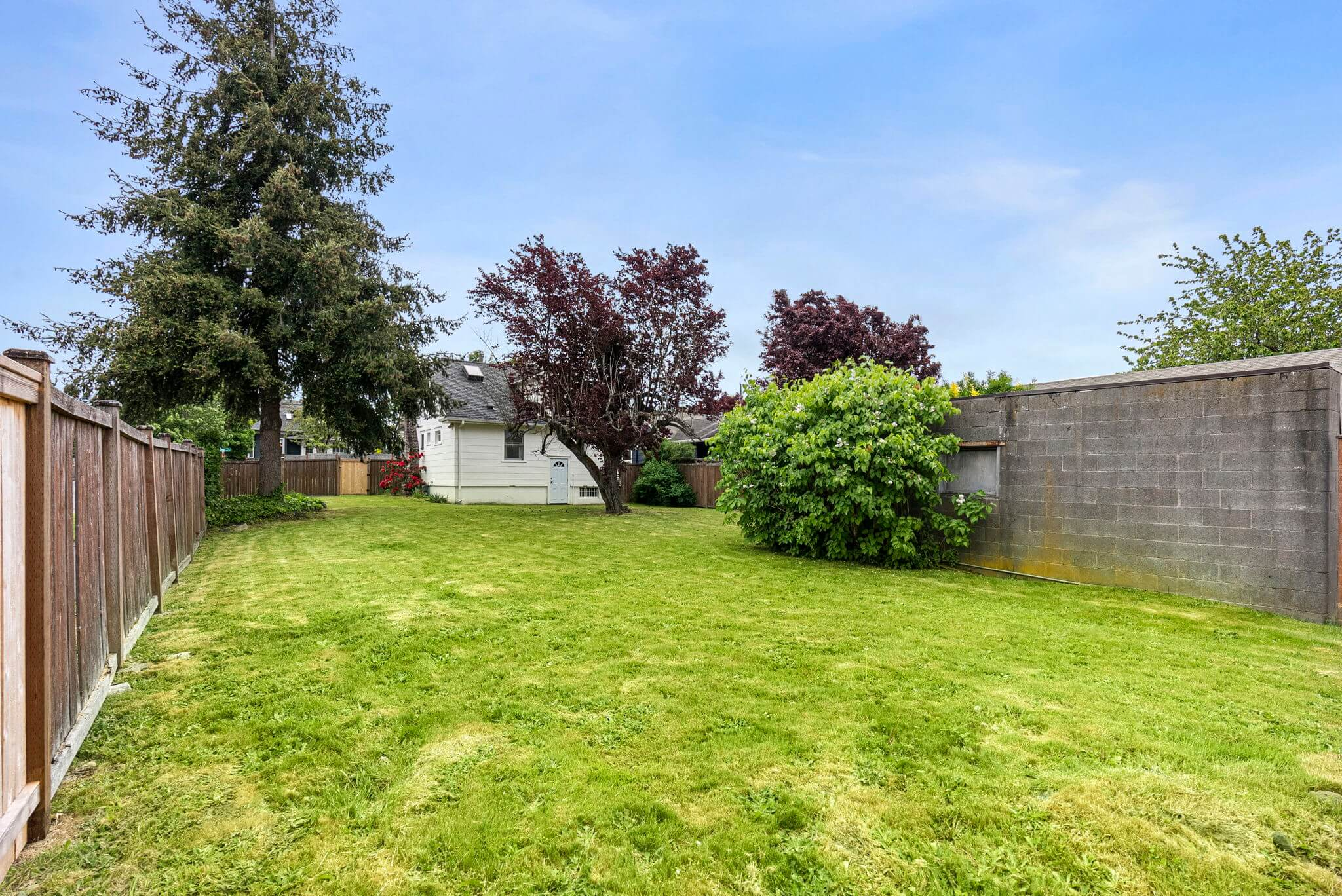 Large lot offers lots of opportunity