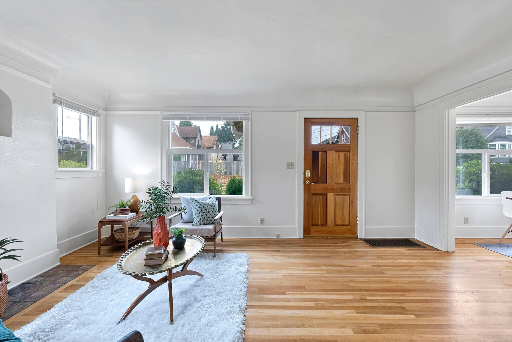Hardwood floors and coved ceiling